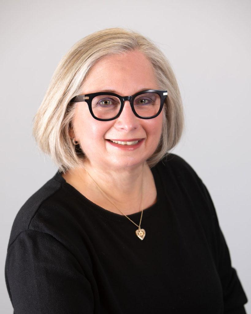 Debbie Leven